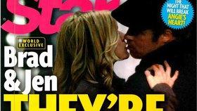 Brad a Jennifer opět spolu? Přistihli je při polibku!