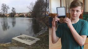 Hrdina Tomáš (15)! Doplazil se k dívce, pod kterou se prolomil led, a vytáhl ji z ledové vody