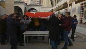 Další masakr na škole: Pracovník univerzity popravil čtyři své kolegy