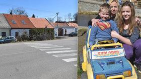 Pohotová Julie (12): Školačka strhla sourozence těsně před autem. Záchrana bráchy? Jen okamžik…