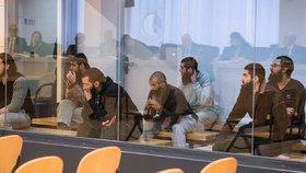 Chtěli ochromit Barcelonu: Teroristi si odsedí 12 let ve vězení, rozhodl soud