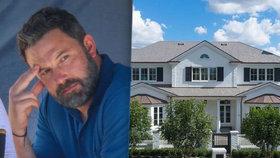 Vyléčený alkoholik Ben Affleck si koupil dům s obří vinotékou. Stál ho 400 milionů