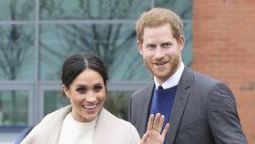 Svatba Harryho s Meghan bude plná novinek! Jaké tradice snoubenci poruší?!