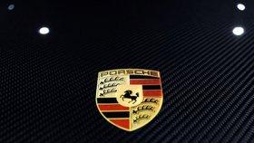 Razie v kancelářích firmy Porsche, automobilka je namočena v emisním skandálu