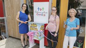 Žádné troškaření s četbou: Praha 8 umístí ke školám a školkám 30 nových knihobudek