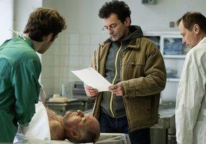 Vražda za dvě stovky a mobil ze seriálu Případy 1. oddělení: Jak to bylo ve skutečnosti?