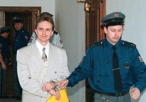 Orlický vrah Černý chce na svobodu: Bratrovi jeho oběti nabídli psychologa