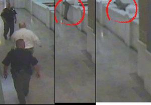 Video smrti: Muž obviněný z pedofilie a vraždy se vrhl vstříc smrti přímo v soudní budově!