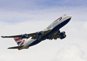 British Airways zrušily 30 z 91 letů, které byly naplánovány na nedělní ráno z Londýna