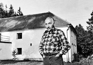 Miloš Kopecký svůj mlýn miloval. I přesto, že se na něm v minulosti hromadně vraždilo.