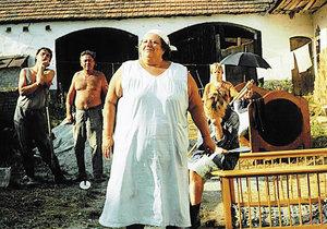 Škopková by se divila, jak její dvorek dnes vypadá.