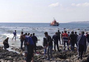 Obětí ztroskotání lodi s migranty u Egypta je již 168 (ilustrace)