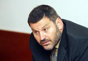Alexandr Novák má německé občanství, překážkou pro vydání do ČR to není.