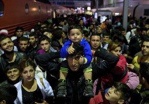 Na nádraží do Mnichova dorazilo před dvěma lety jen za víkend 20 tisíc uprchlíků. Teď už je to výrazně méně.