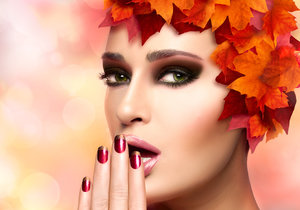 Jaké barvy v lacích na nehty jsou letos na podzim nejvíc IN?