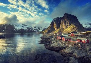 Reine v Norsku právem drží pomyslný titul nejkrásnější vesnice na světě.