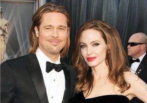 Angelina Jolie a Brad Pitt se rozvádějí!