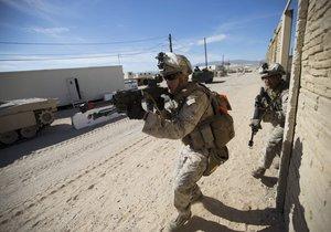 Americké zbraně se dostaly na černý trh.