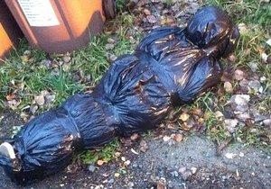 Náhodná kolemjdoucí našla v Litvínově atrapu mrtvoly.