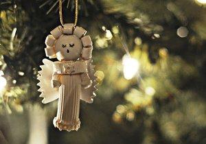 Netradiční vánoční ozdoby z těstovin vypadají skvěle. Navíc nevyjdou draho a do jejich výroby můžete zapojit i děti.