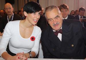 Karel Schwarzenberg a poslankyně Markéta Adamová na sněmu Topky