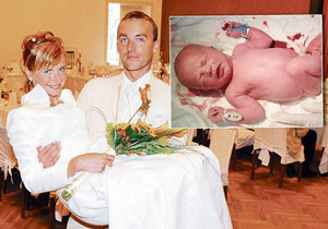 Europoslankyně Kateřina Konečná si manžela vzala v roce 2008. Letos v říjnu mu porodila syna Šimona.