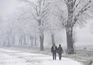 Ve čtvrtek se na chvíli vrátí zimní počasí.