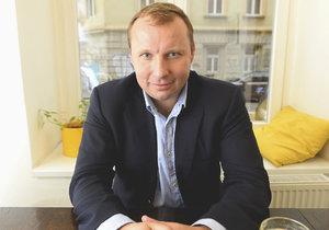 Europoslanec Miroslav Poche (ČSSD) při rozhovoru pro Blesk.cz