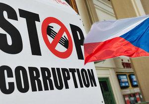 Česko si v indexu vnímání korupce pohoršilo. Propadlo se z 37. příčky na 47.