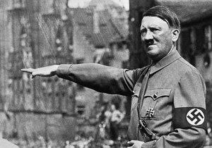 Adolf Hitler si měl libovat ve fekálním sexu.