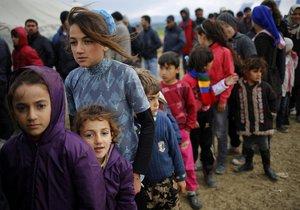 Uprchlíci v provizorním táboře Idomeni na řecko-makedonské hranici