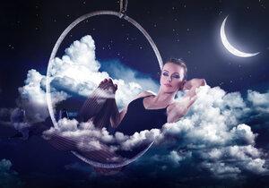 Měsíc a jeho fáze mají na náš život velký vliv.