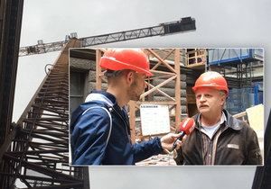 Josef Patrovský ovládá XXL jeřáb, který opravuje Národní muzeum v Praze.