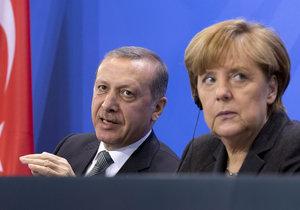 Turecko trucuje, nechce pustit Němce na letiště: Armény prý nevyhlazovalo