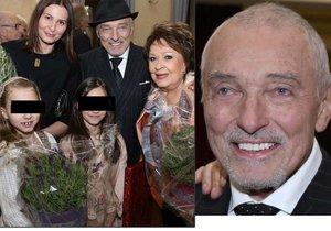 Nejvzácnější host na oslavě 85. narozenin legendární herečky! Karel Gott ukázal nové vlasy.
