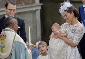 Křtiny tříměsíčního švédského prince Oscara Carla Olofa