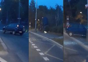 Děsivá nehoda v Hostivaři: Myška, smyk a kotrmelec přímo do autobusové zastávky