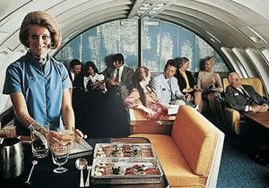 Létání bylo v 50–70. letech výjimečná událost.