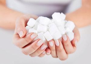 Pozor na bílý cukr.