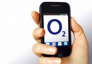 Zákazníci O2 se nikam nedovolají. Operátor řeší masivní výpadek