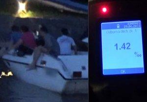 Kapitán vezl v lodi přátele: Byl opilý, jel potmě a neměl ani doklady.