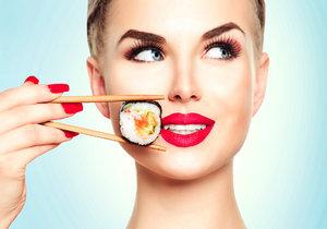 Věřte, nebo ne, ale i takové sushi může rozházet vaši ručičku na váze.