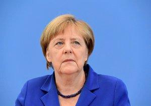 Německá kancléřka Angela Merkelová uznala, že Německo při řešení uprchlické krize chybovalo.