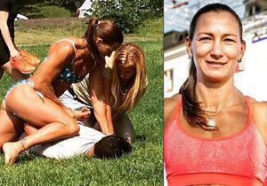Zloděj chtěl okrást skupinku žen v parku: Elitní policistka v bikinách ho poslala k zemi