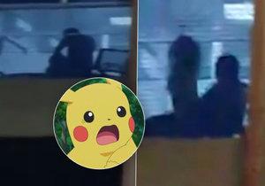 Hráč Pokémon Go natočil rozvášněný pár při sexu.