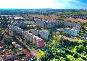 ČEZ prodává přibližně 800 bytů v Písnici.
