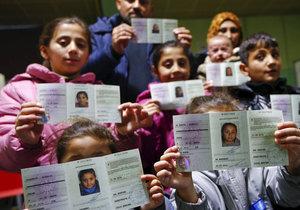Uprchlík prý inkasuje na dávkách 9,7 milionu! Má 4 manželky a 23 dětí