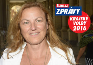 Eva Valjentová povede v Karlovarském kraji KSČM. Během debaty musela  mimo jiné vysvětlovat, proč je komunistka.