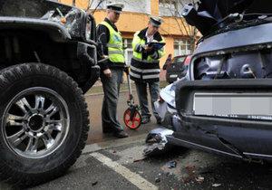 Měli jste autonehodu? Nejčastější triky pojišťoven a jak se jim bránit!