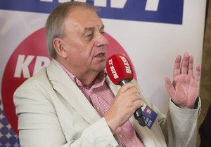 Petr Braný z KSČM při debatě Blesku z Českých Budějovic